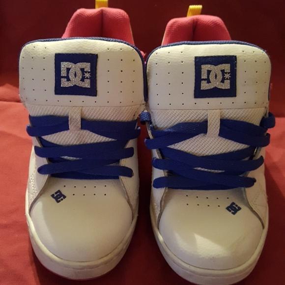 a8f8b22c81 DC Shoes - DC Women s Court Graffik SE